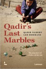 De knikkers van Qadir. Het waargebeurde verhal van een vader op de vlucht